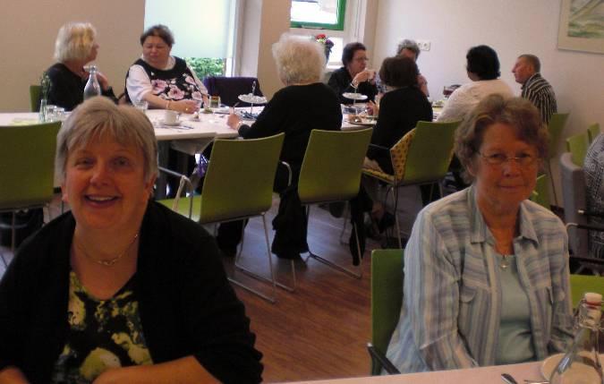 paasbrunch-voor-ouderen-senioren-vermaak