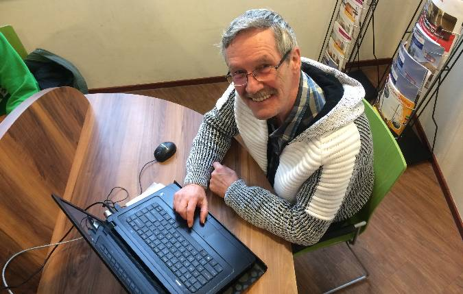 hulp-met-tablet-telefoon-en-computer