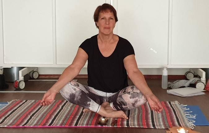 academie-voor-gevoel-yoga-lessen-in-wijkcentrum-de-alkenhorst